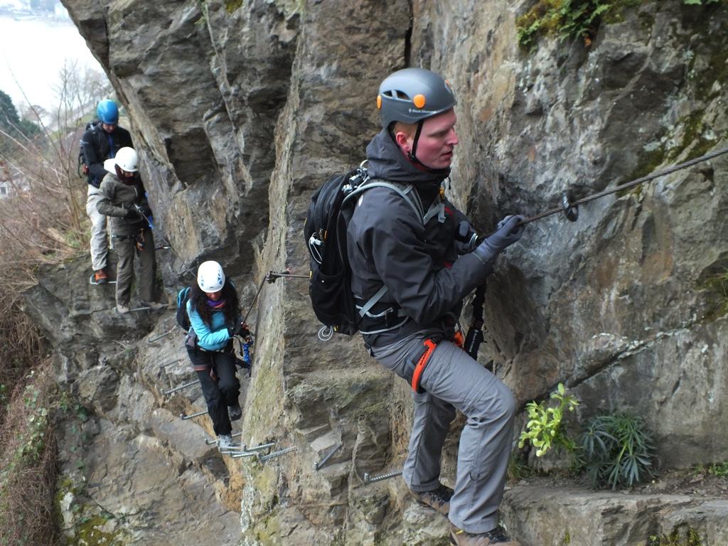 Klettersteig Rhein : Angemeldet zum klettersteig abenteuer bei boppard am rhein